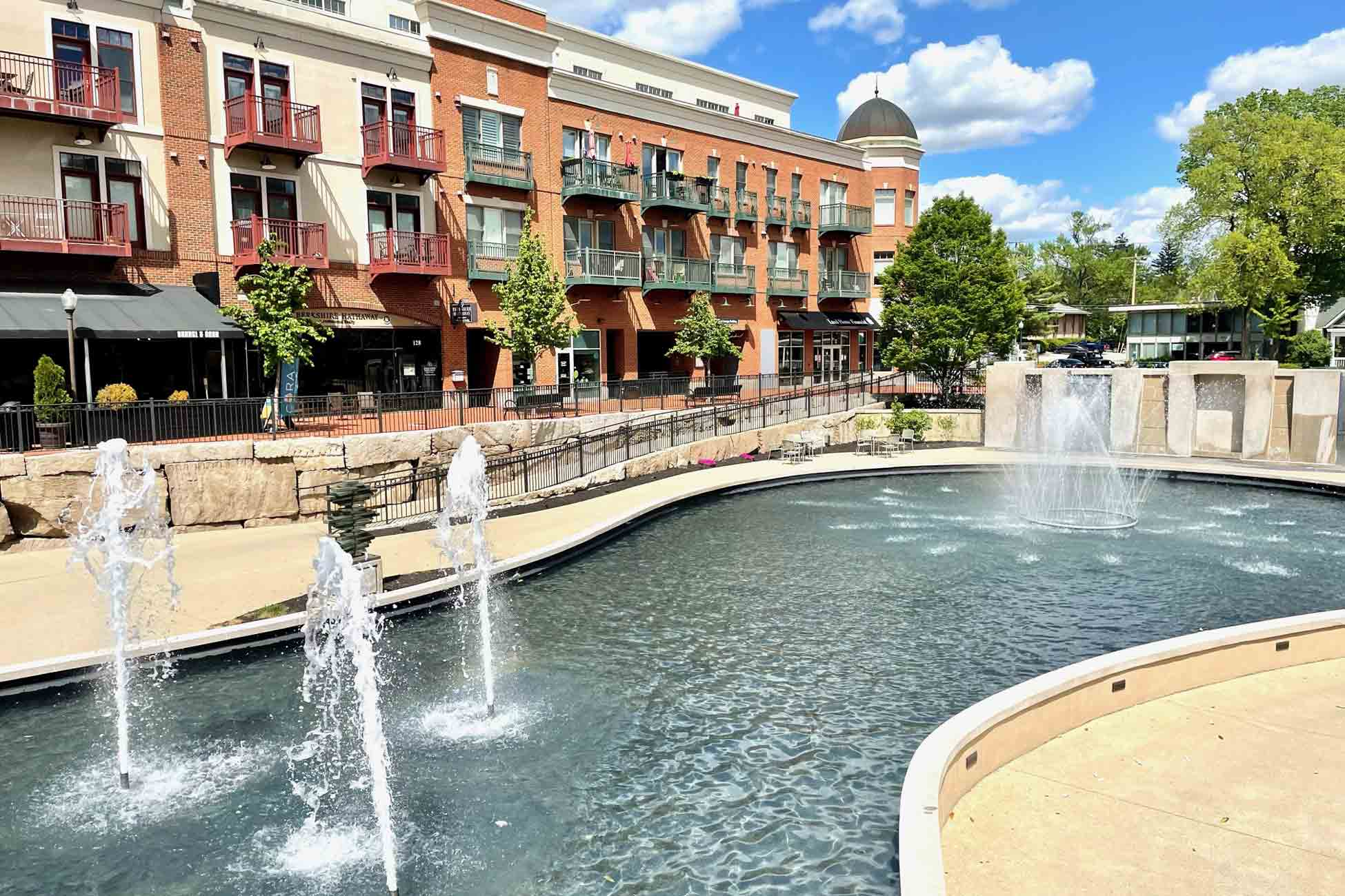 Creekside Gahanna fountain
